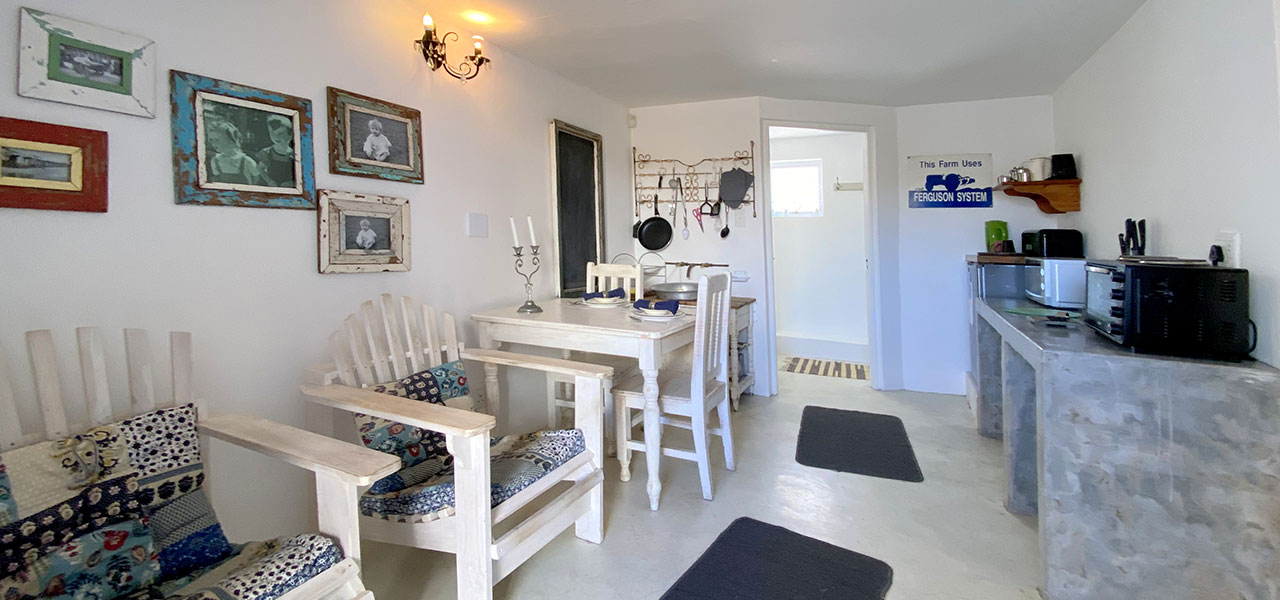 Astrandt 3, paternoster self-catering accommodation, book self catering accommodation, western cape, west coast accommodation, paternoster accommodation