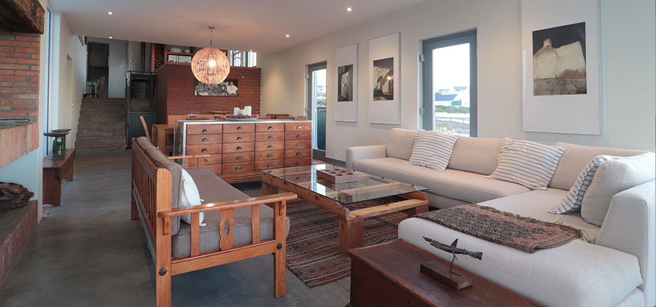 Bekkie, paternoster self-catering accommodation, 4 Bedrooms, book self catering accommodation, western cape, west coast accommodation, paternoster accommodation
