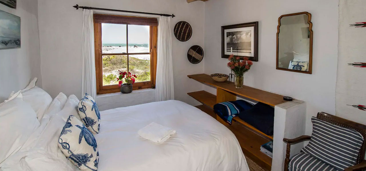 Seabird Point, paternoster self-catering accommodation, 4 Bedrooms, book self catering accommodation, western cape, west coast accommodation, paternoster accommodation