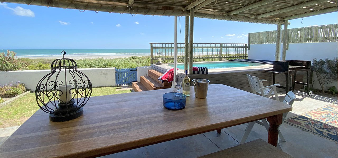 Beach House, paternoster self-catering accommodation, 3 Bedrooms, book self catering accommodation, western cape, west coast accommodation, paternoster accommodation