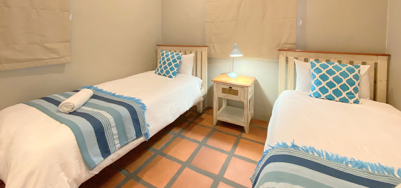 Duifie, paternoster self-catering accommodation, 2 Bedrooms, book self catering accommodation, western cape, west coast accommodation, paternoster accommodation