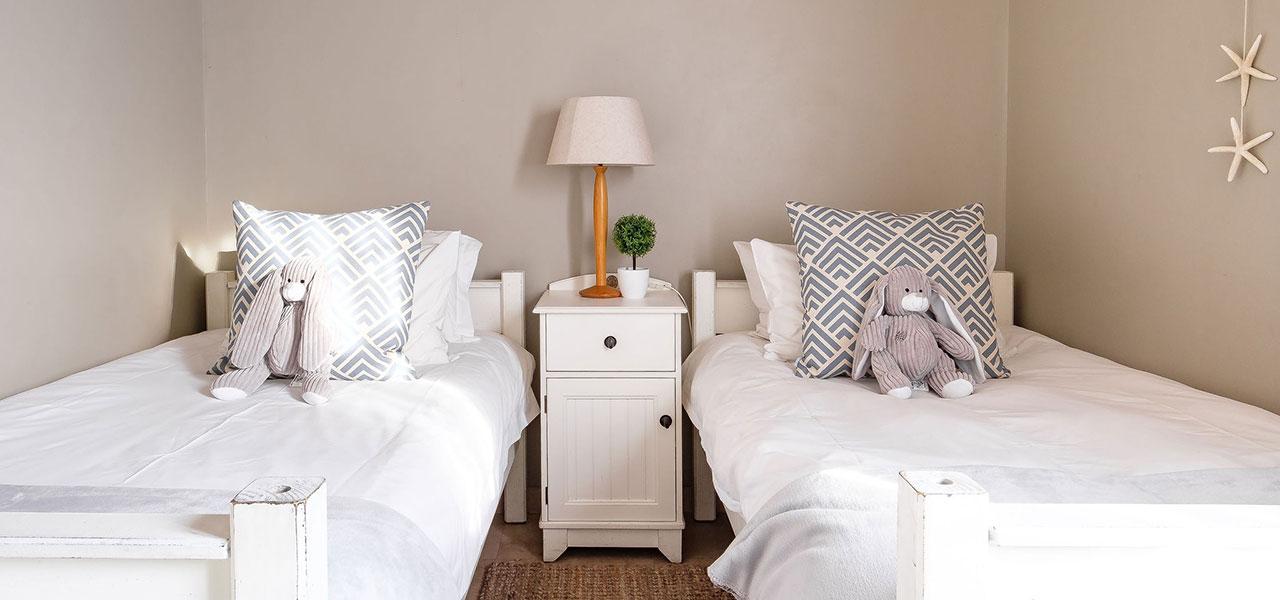 Na Genoeg, paternoster self-catering accommodation, 3 Bedrooms, book self catering accommodation, western cape, west coast accommodation, paternoster accommodation